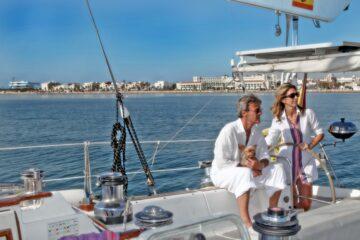Un giorno a Valencia: lusso in vacanza in barca